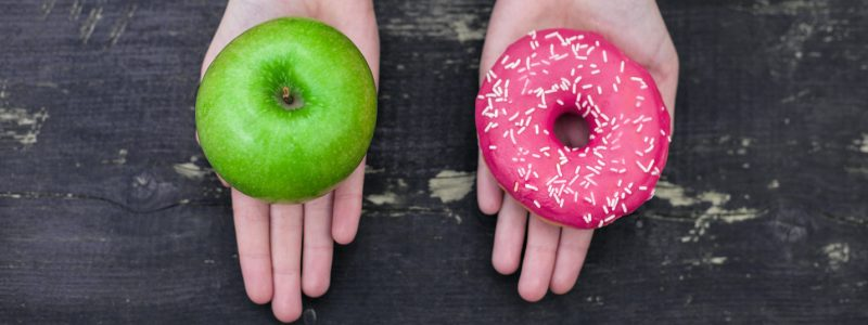 Choosing between apple and doughnut